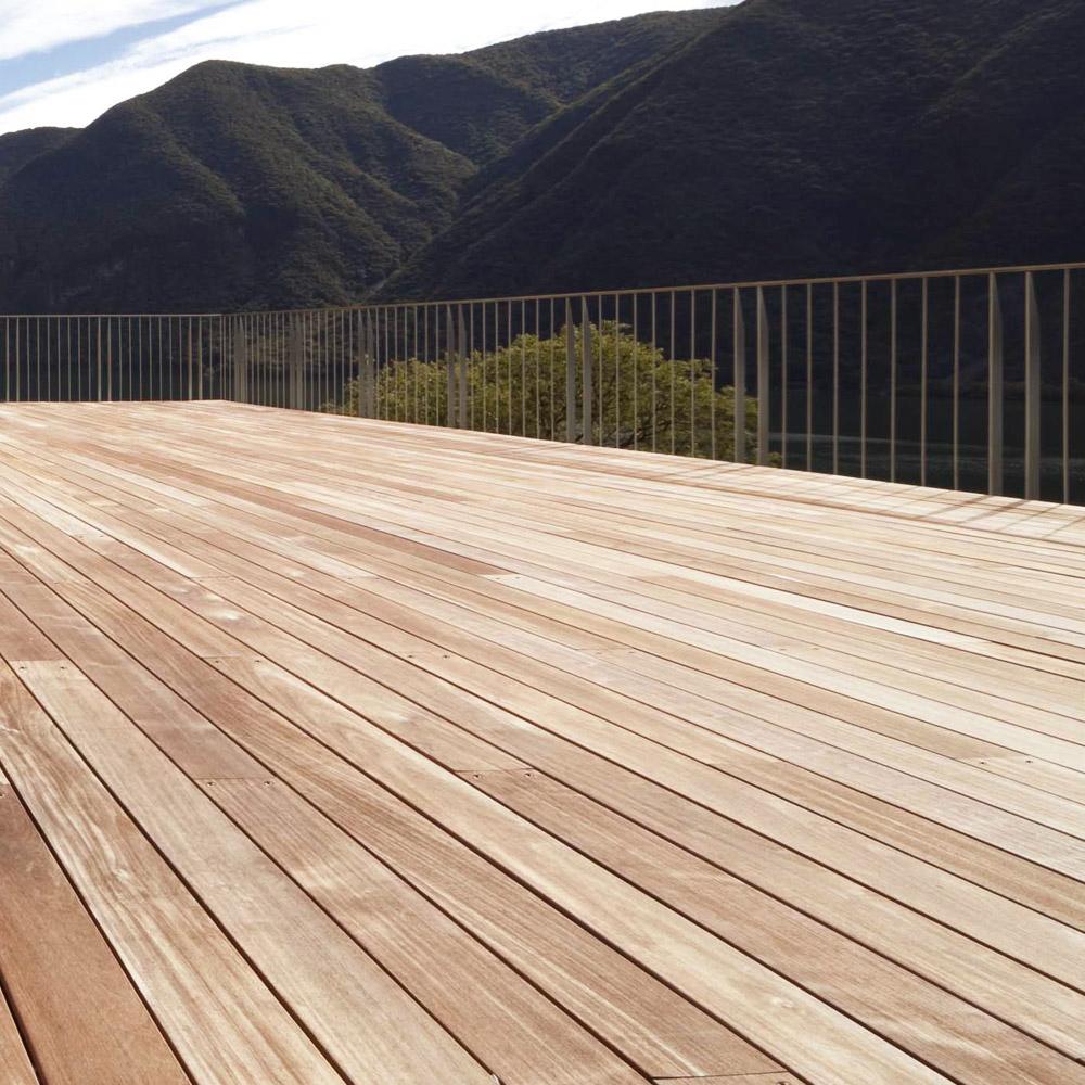 deck lin a bali nouvelles lames de terrasse en bangkira une belle essence exotique pour. Black Bedroom Furniture Sets. Home Design Ideas