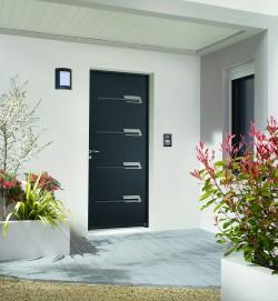 Zilten transforme sa conception de portes d entr e acier for Porte zilten acier
