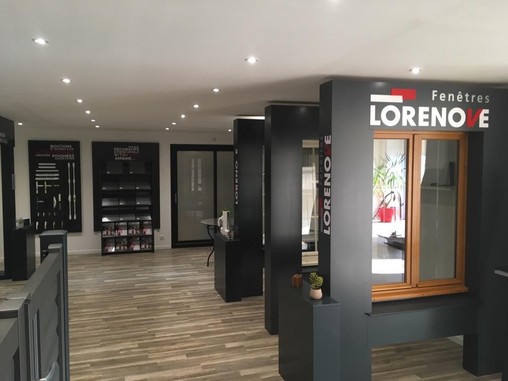 deux nouveaux concessionnaires rejoignent le r seau fen tres lorenove batipresse. Black Bedroom Furniture Sets. Home Design Ideas