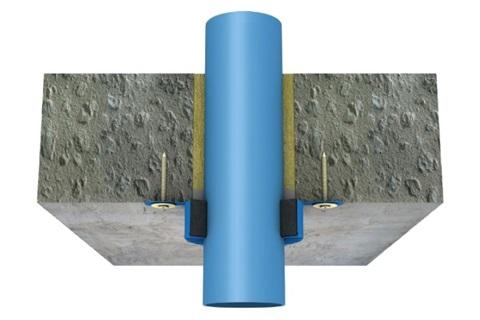 Protection au feu des tuyaux en plastique avec les colliers PROMASTOP®-FC3  et PROMASTOP®-FC6