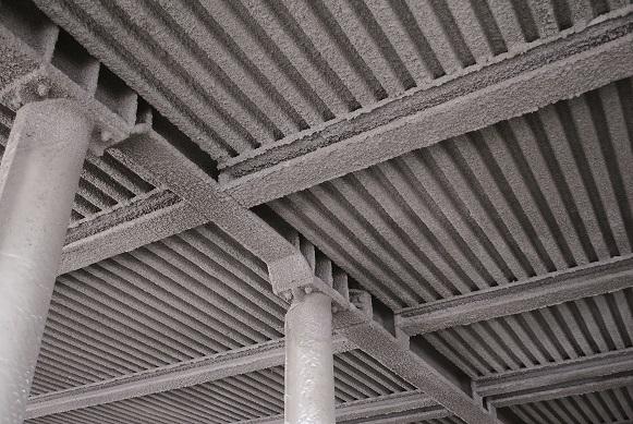 Protherm Light®permet de protéger un grand nombre de supports : des éléments structurels (poteaux béton, acier... )