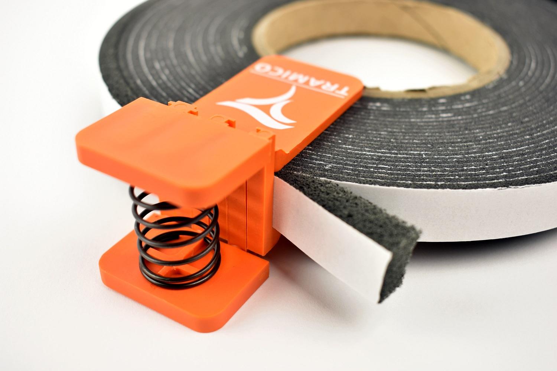 Pince COMPRIBAND®, accessoire indispensable pour conserver les rouleaux de COMPRIBAND® après ouverture.