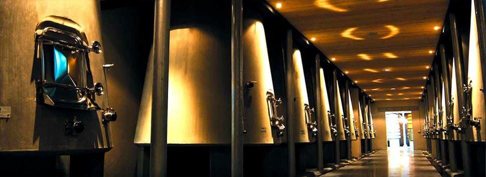 Zoom sur la construction des cuves à vin en béton NOMBLOT