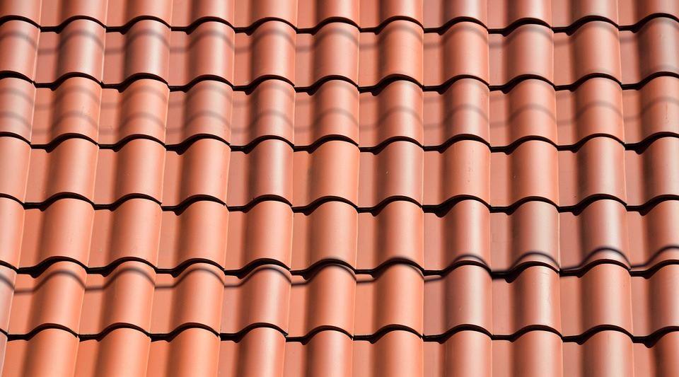 Les meilleurs conseils pour entretenir la toiture d'un bâtiment
