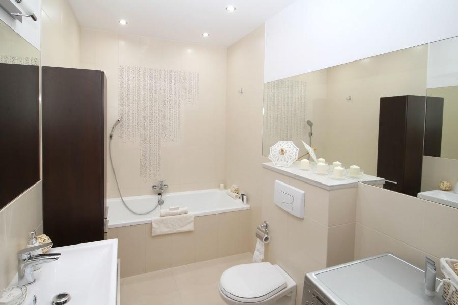 Décorer la salle de bains : 3 conseils pour choisir l'éclairage