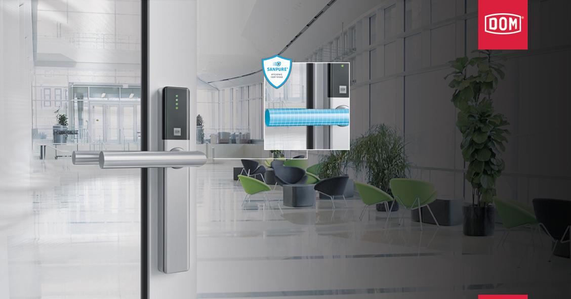 Gamme de contrôle d'accès électronique ENIQ de DOM-Metalux : Une nouvelle finition antibactérienne au service d'une protection sanitaire renforcée